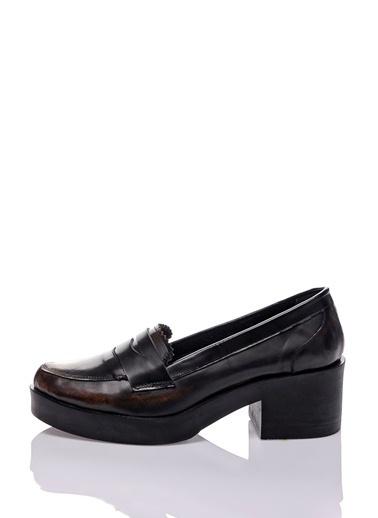 %100 Deri Topuklu Ayakkabı-Bueno